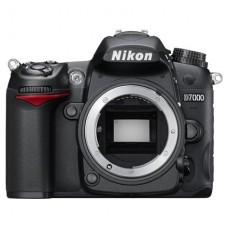 Зеркальный фотоаппарат Nikon D7000 + объектив nikon 17-55