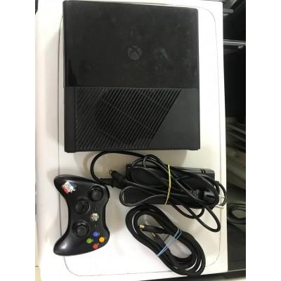 Игровая приставка Microsoft Xbox 360 Б/У
