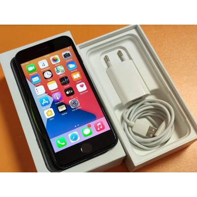 Apple iPhone SE 2020 64GB Б/У