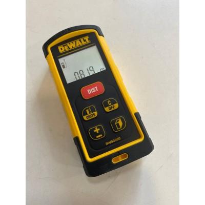 Лазерный дальномер DeWalt DW03050 Б/У