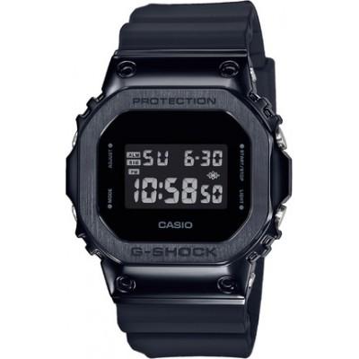 Часы наручные Casio GM-5600B-1ER